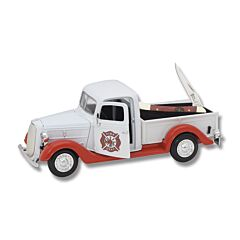 Frost Firefighter Truck & Red Smooth Bone Toothpick Set